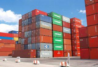 Vrijhandel - Containers in een haven