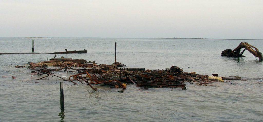 Restanten van het laatste huis van Holland Island, oktober 2010