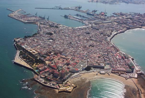 Luchtfoto van het oude centrum van Cadiz