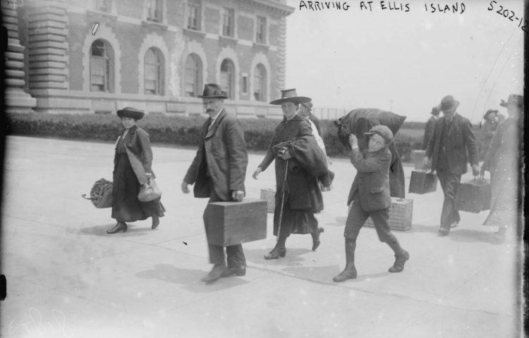 Ellis Island - Aankomst van Europese immigranten, 1915