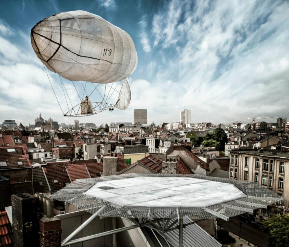 Panamarenko's zeppelin Aeromodeller - Foto: Wim Van Eesbeek