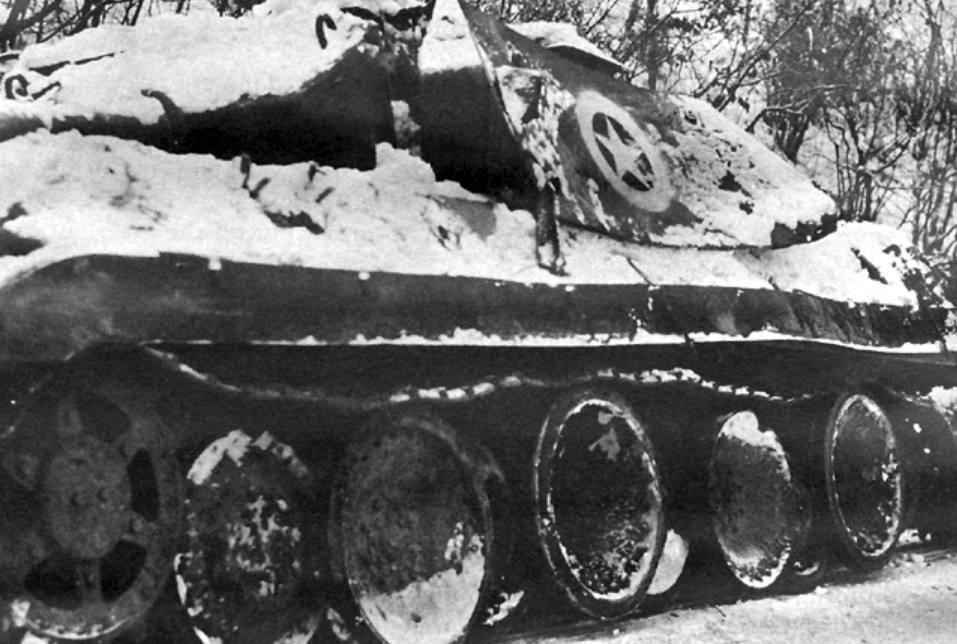 Operatie Greif - Duitse Panther tank, vermomd als M10 Tank Destroyer