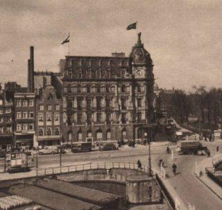 Victoriahotel in Amsterdam op een oude ansichtkaart