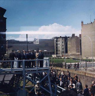 Bezoek van president Kennedy aan de Berlijnse Muur, 26-6-1963