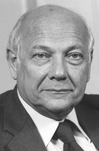 Joop den Uyl in 1975