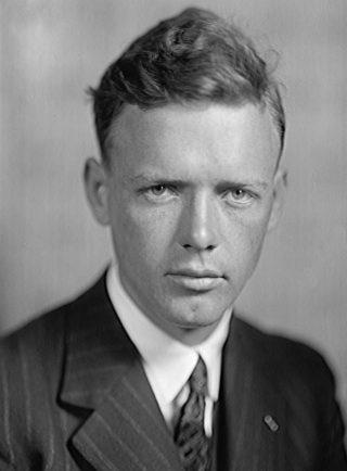 De jonge Charles Lindbergh, prominente aanhanger van het America First Committee