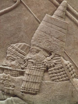 Detail reliëf leeuwenjacht Ashurbanipal