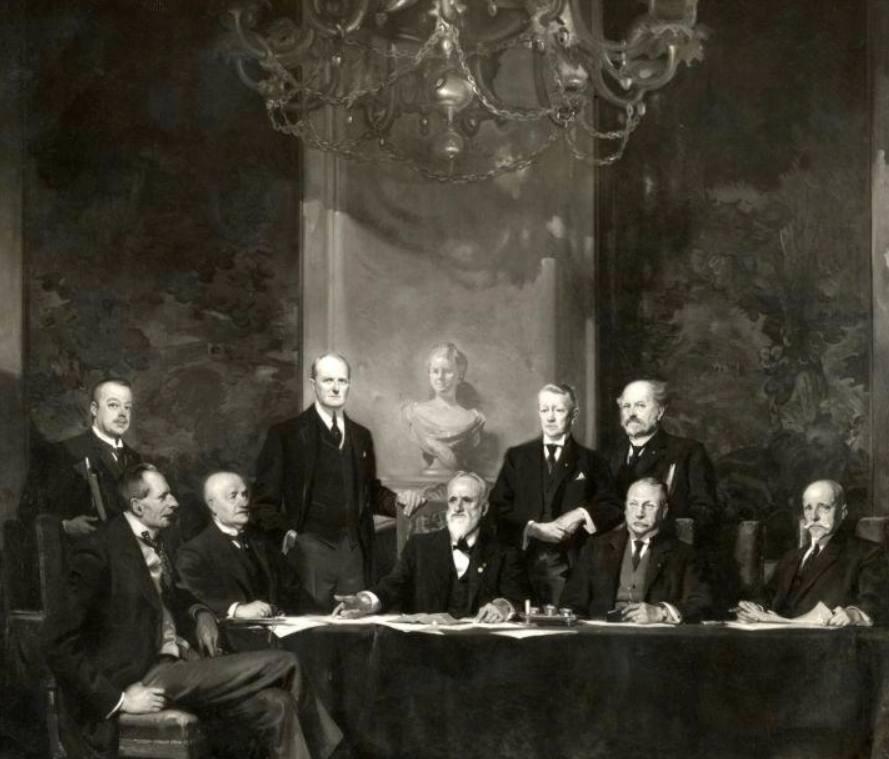 Kabinet Cort van der Linden (1913-1918) poseert in de Tweede Kamer. Reproductie van een schilderij van Piet van der Hem, jaartal onbekend.