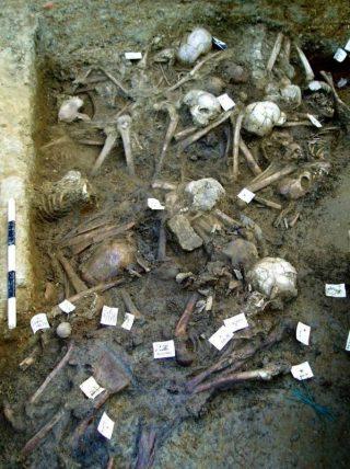 Massagraf in Gloucester (UK), waarschijnlijk slachtoffers van de Antonijnse Plaag (persfoto)