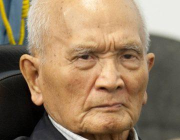 Nuon Chea, broeder nummer 2 van de Rode Khmer, tijdens zijn proces, 2013