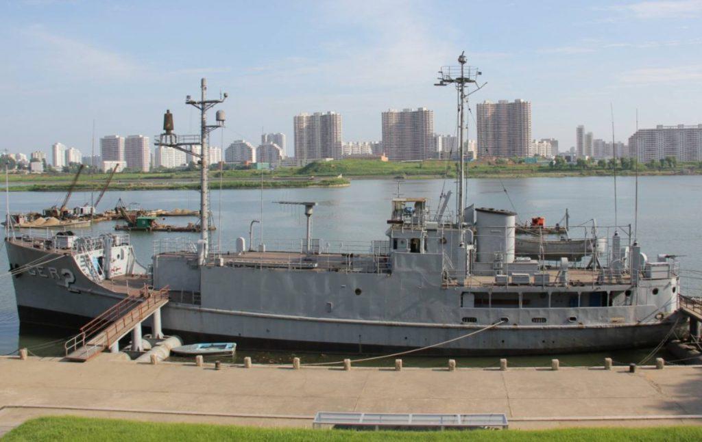 USS Pueblo in Noord-Korea, 2012