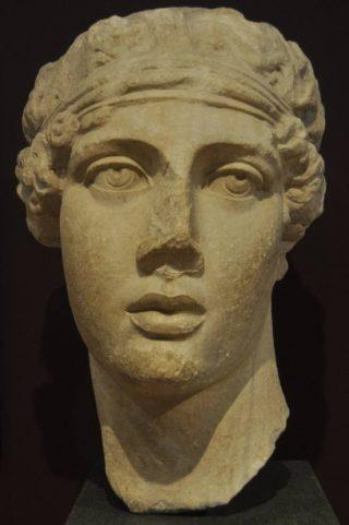 Sapfo, laat-Romeins portret uit Smyrna (Archeologisch Museum, Istanbul)