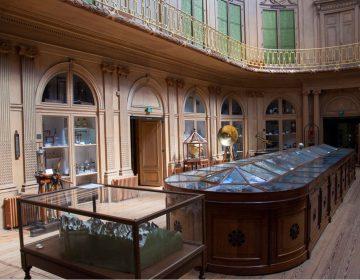 De beroemde ovale zaal van Teylers Museum