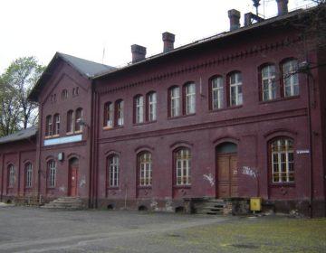 Treinstation van Koźle
