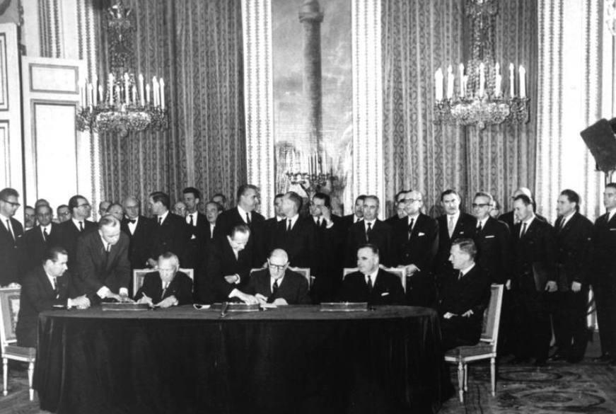 Ondertekening van het Élysée-verdrag