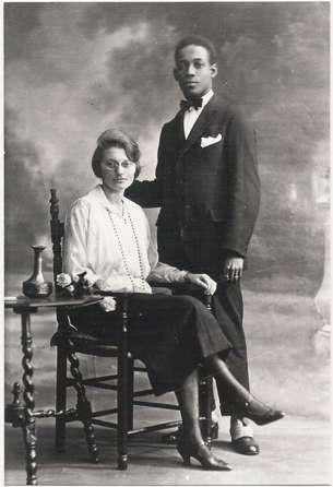 Petronella (Nel) Borsboom en Anton de Kom, ca. 1926