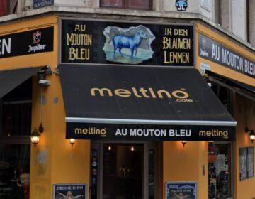 """Het huidige café """"In de Blauwe Lemmen"""", op de hoek van de Blaesstraat en het Vossenplein in Brussel"""