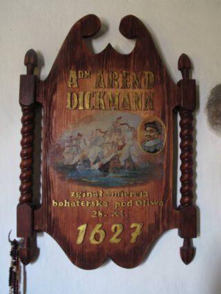 Bord in een Poolse kerk waarop Arend Dickmann wordt vermeld