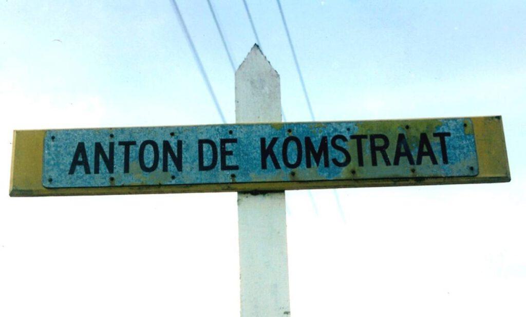 Anton de Komstraat in Paramaribo