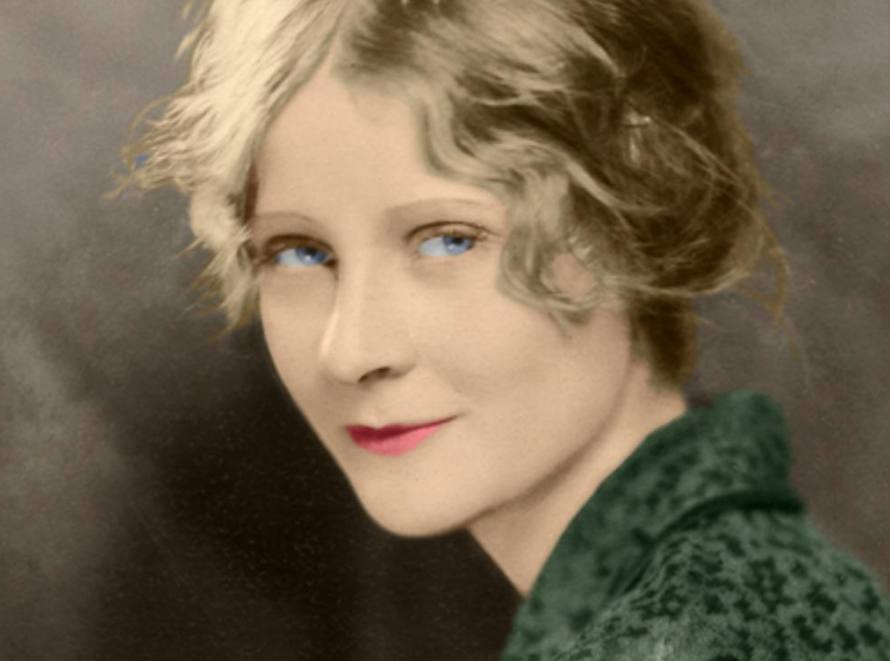 Peg Entwistle, 1929