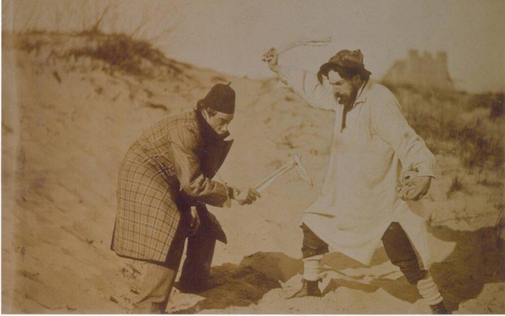 James Ensor en zijn vriend Ernest Rousseau in de duinen in 1892