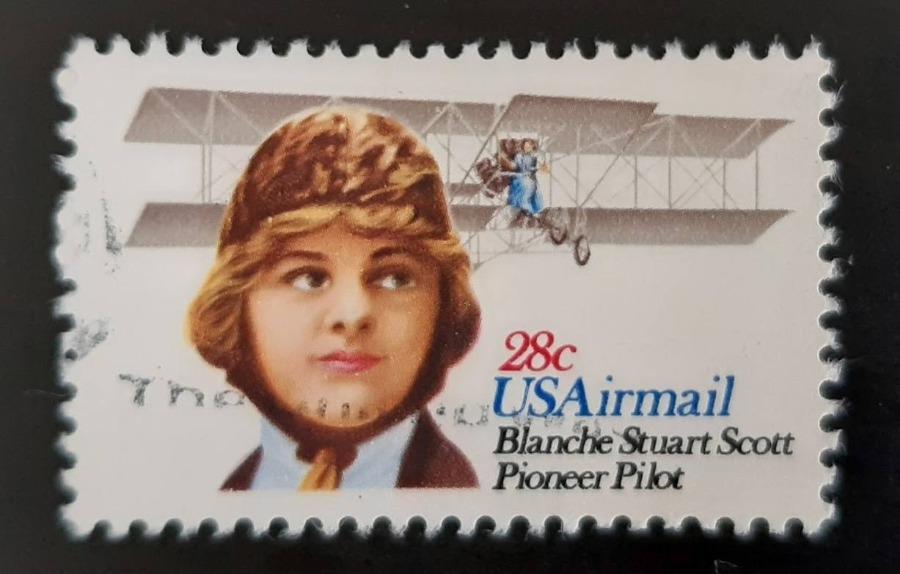 Blanche Scott - De pilote afgebeeld op een beroemde Amerikaanse postzegel