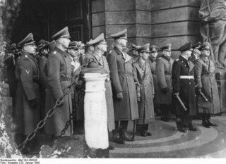 Foto gemaakt tijdens de begrafenis van Walter von Reichenau