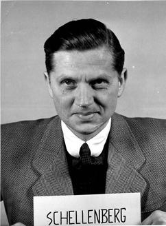 Walter Schellenberg tijdens het proces van Neurenberg