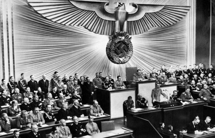 Hitler geeft een toespraak in de Duitse Rijksdag, 1939