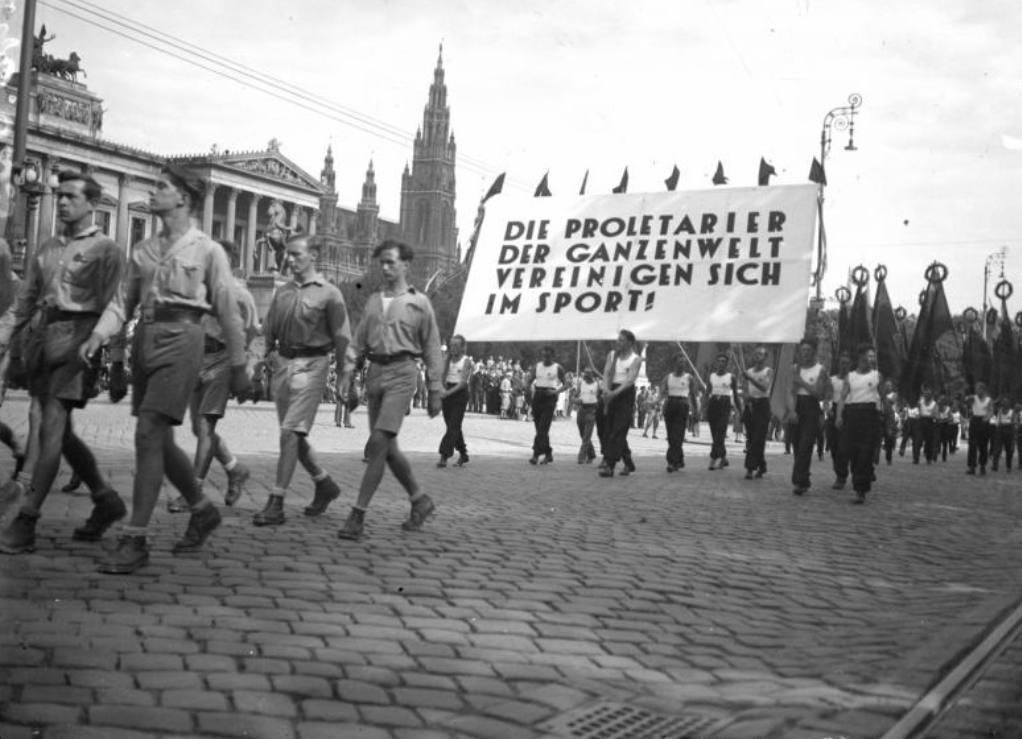Openingsmars van de Internationale Arbeiders Olympiade te Wenen van 1931