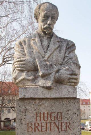 Buste van Hugo Breitner in Wenen