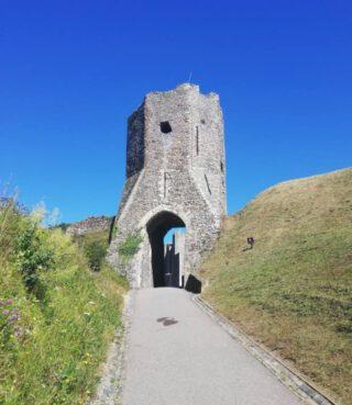 Een van de toegangspoorten van het huidige Dover Castle