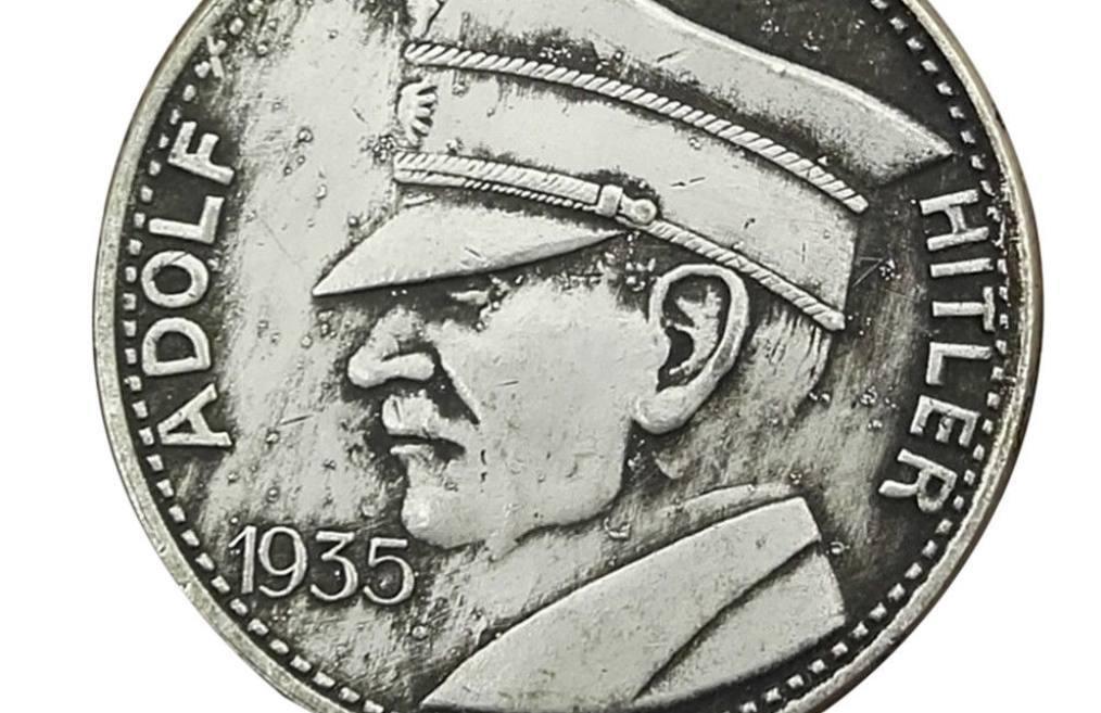 Adolf Hitler op een herdenkingsmunt uit 1935