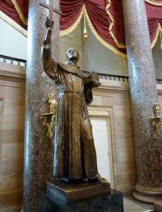 Beeld van Junípero Serra in de National Statuary Hall van het Amerikaanse Capitool