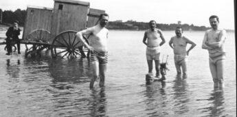 Duitse zwembroekfoto zorgt voor opschudding (1919)