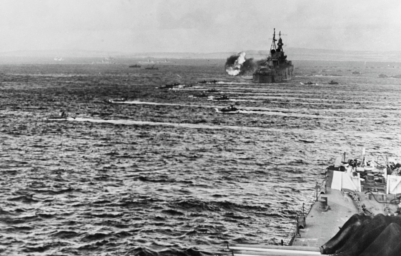 Amerikaanse schepen onderweg naar Saipan