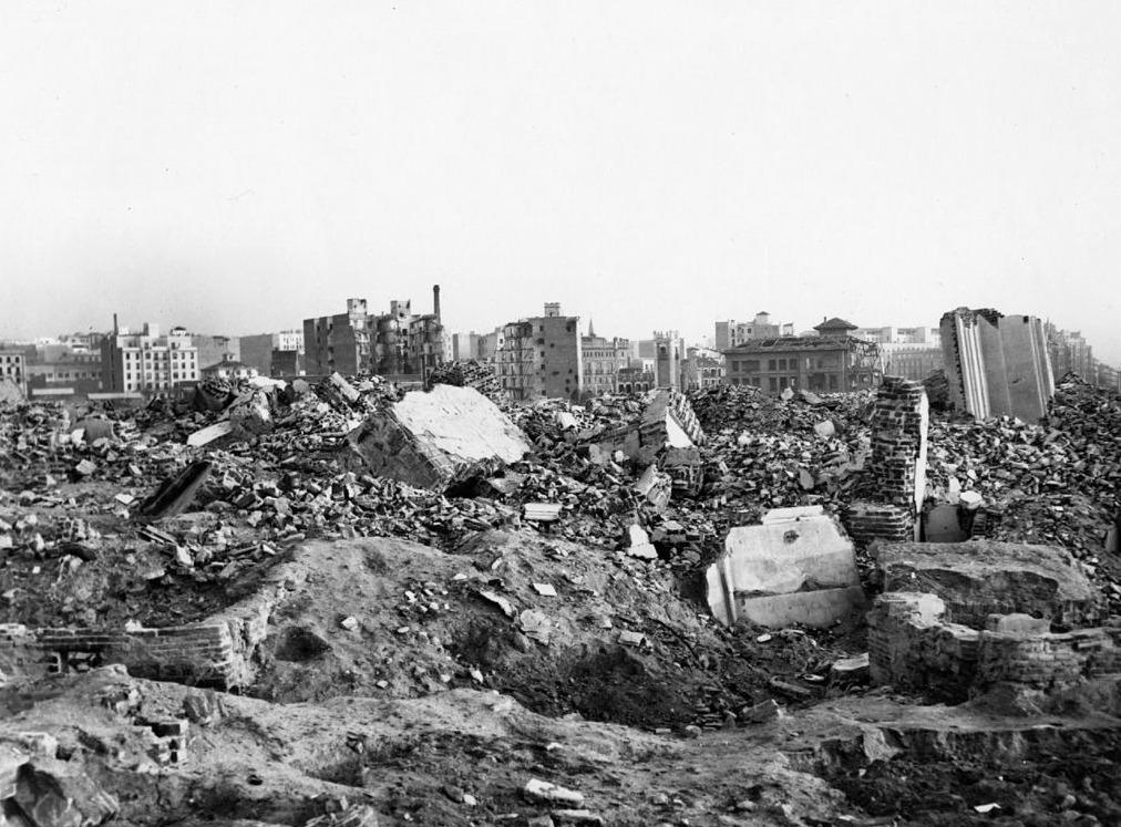 Verwoestingen tijdens de slag om Madrid, 1939