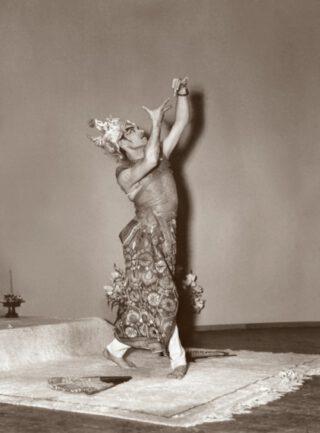 Vanaf 1952 trad Indra aan boord op tijdens zijn overtochten naar Amerika en terug. Dat leverde ook publiciteitsfoto's op