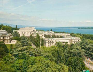 Zicht op het Palais des Nations in Genève