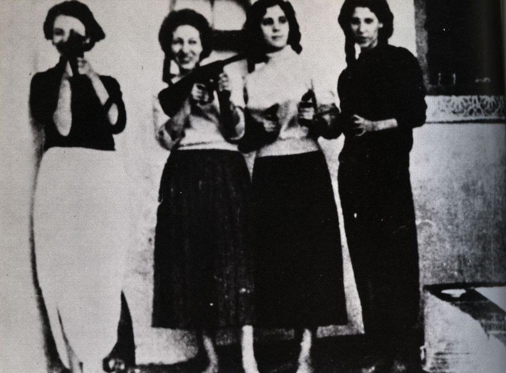Vrouwelijke aanslagplegers van de FLN