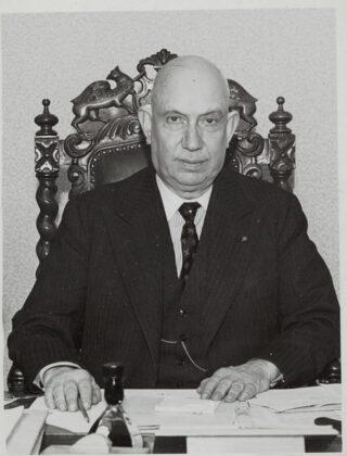 Kamervoorzitter Josef van Schaik