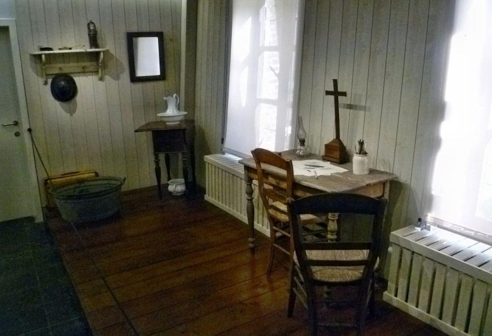 Interieur van het Van Gogh Huis in Cuesmes