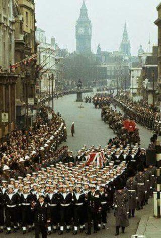 Winston Churchill's begrafenisstoet in Londen, 1965 (Publiek Domein - wiki)