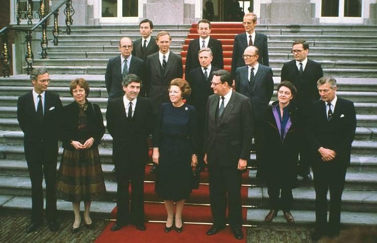 Bordesscène van de ministers van het kabinet-Lubbers I