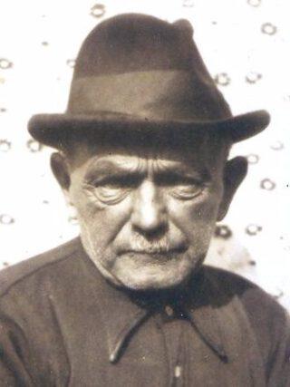 Schipper Geert Dinkla op latere leeftijd