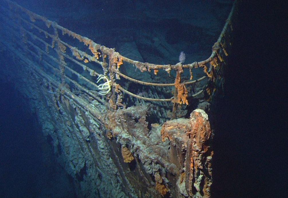 De boeg van het wrak van de Titanic, juni 2004