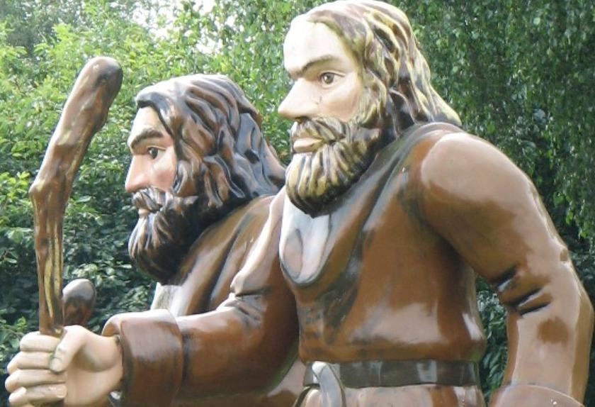 Poppen van Ellert en Brammert bij het Ellert en Brammertmuseum