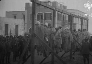 Public hanging of men during Italian-Turkish war – 1911