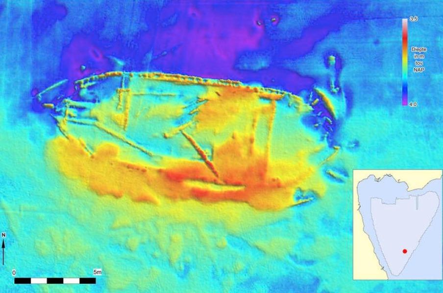 Wrak 763: een wrak met een lengte van meer dan 20 meter, dat grotendeels begraven ligt in de waterbodem. Binnen het wrak liggen verschillende langwerpige objecten, mogelijk masten.
