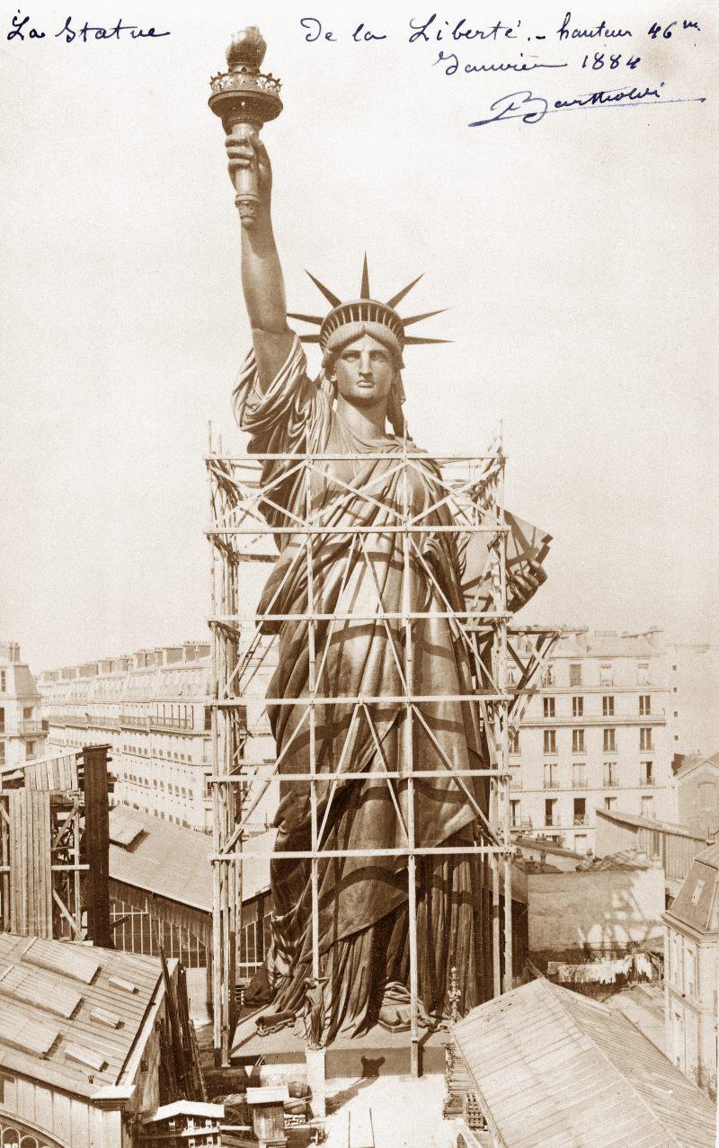 Foto: Albert Fernique – Statue de la Liberté, en construction